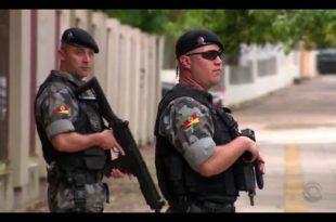 Moradores já dizem notar maior presença de policiais nas ruas da cidade.  Tropas do interior se uniram aos agentes da Força Nacional. Do G1 RS Um dia  após a ... a8a9b99e375